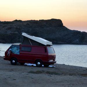 Como viajar mais barato para Menorca de barco ou carro em 2020