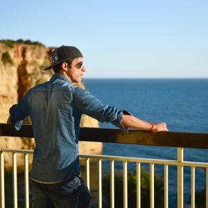 12 dos melhores hotéis para dormir barato no Algarve